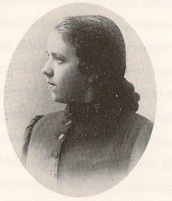 """Frelsessoldaten Laura var hushjelp hos familien Undset. I romanen """"Elleve år"""" kalles hun Marie."""