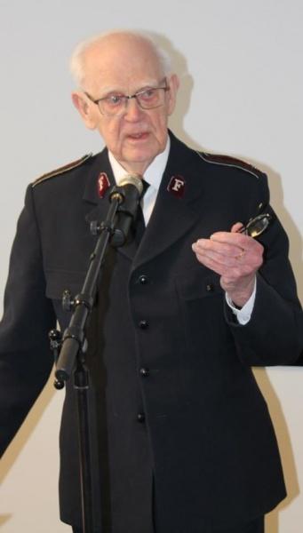 Kommandør Sven Nilsson (92) var en av foreleserne på det historiske seminaret på Jeløy.