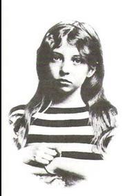 Sigrid Undset som 11-12 år gammel jente.