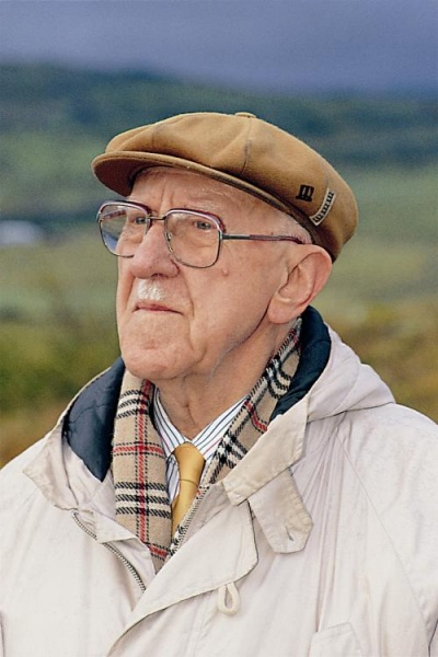 "Halldór Laxness fikk sitt gjennombrudd som forfatter med romanen ""Salka Valka""."