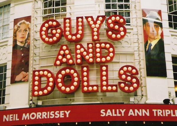 """Artikkelforfatteren så musikalen i London i 2006. Pussig nok het en av hovedrolleinnehaverne """"Sally Ann""""... (Foto: Nils-Petter Enstad)"""
