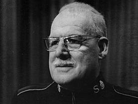 "Charles Pean var en sentral Frelsesarmé-leder i Sveits og Frankrike, men huskes best som ""Djeveløyas befrier""."