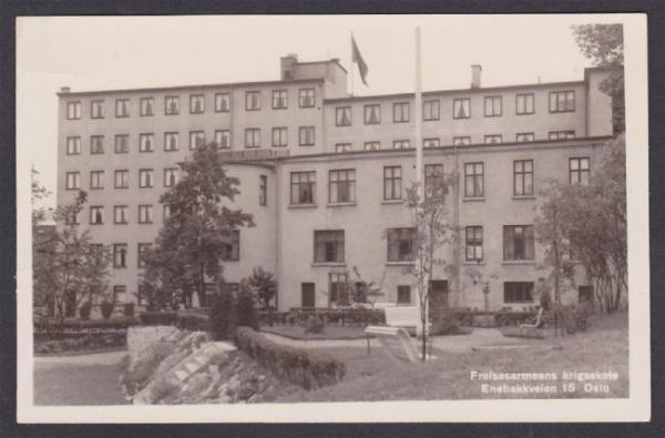 Mange har minner fra denne bygningen